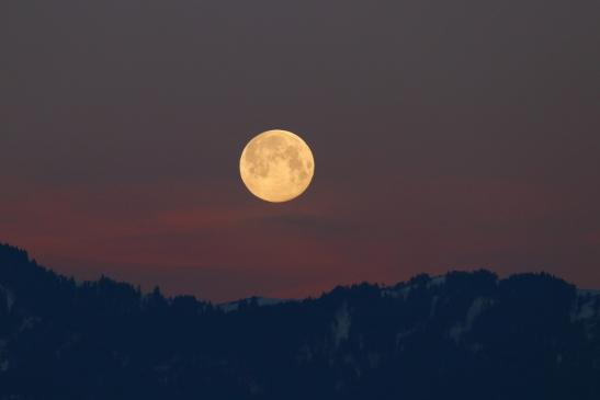 Vollmond 21.März 2019 am Morgen